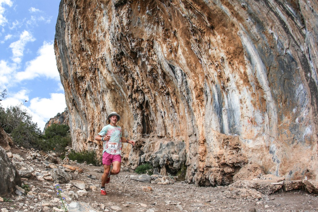 Victory For Rorich Wraps Up The 2016 Fairview Dryland Traverse